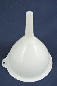 Entonnoir plastique Ø 15 mm