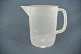 Mesure à anse 500 ml en polypropylène gradué dans la masse
