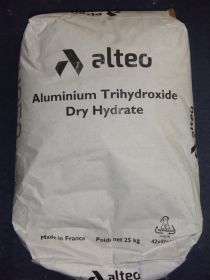 Charge trihydrate d'alumine